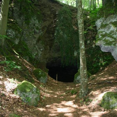 Eishöhlen